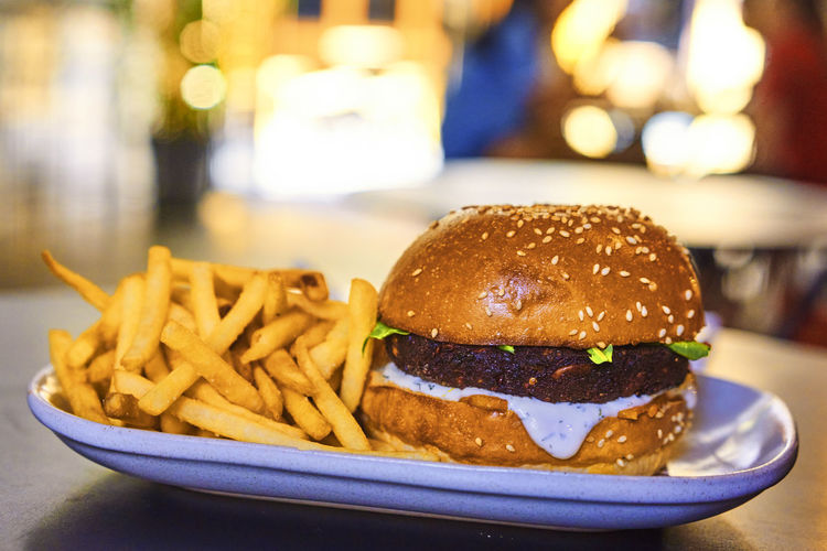 Burger Fast Food Lunch Burger Menu French Fries Pommes Frites Ready-to-eat Restaurant Unhealthy Unhealthy Eating Unhealthy Food Unhealthy Lifestyle