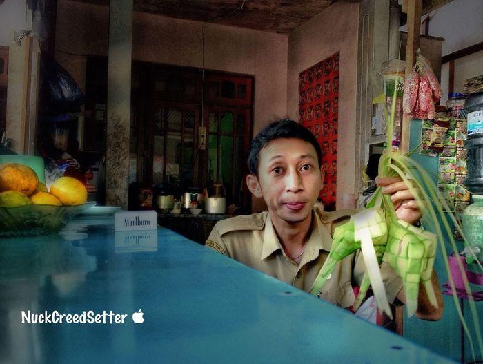 Making Ketupat Working Relaxing Vintage Shopping Enjoying Life