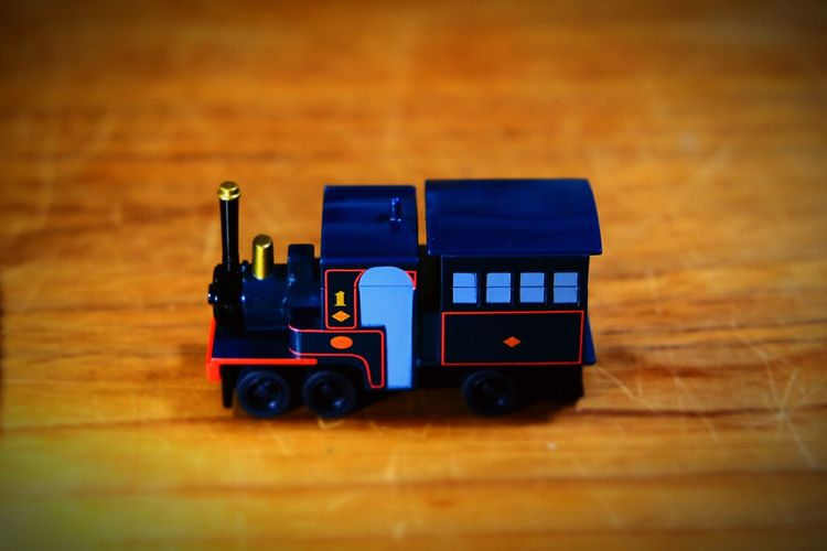 4年ぶり5回目の引っ越しを伴う転勤は松山へ。 Train Trip Toy