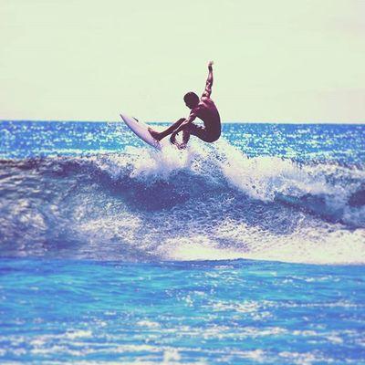 Taken at Burleigh Heads Australia Lead_me_to_oblivion Photography Surf Surfing Surfer Air Waves Ocean Beach Awesome Horizon Nikon Outdoors Burleighheads Australia