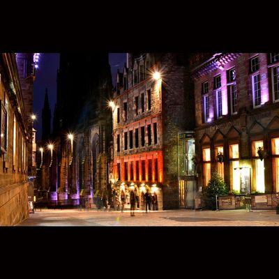 The Royal Mile Edinburgh. Edinburgh Igbest_shotz Super_shots Loves_Scotland BonnieScotland Bnwscotland Igmastershots