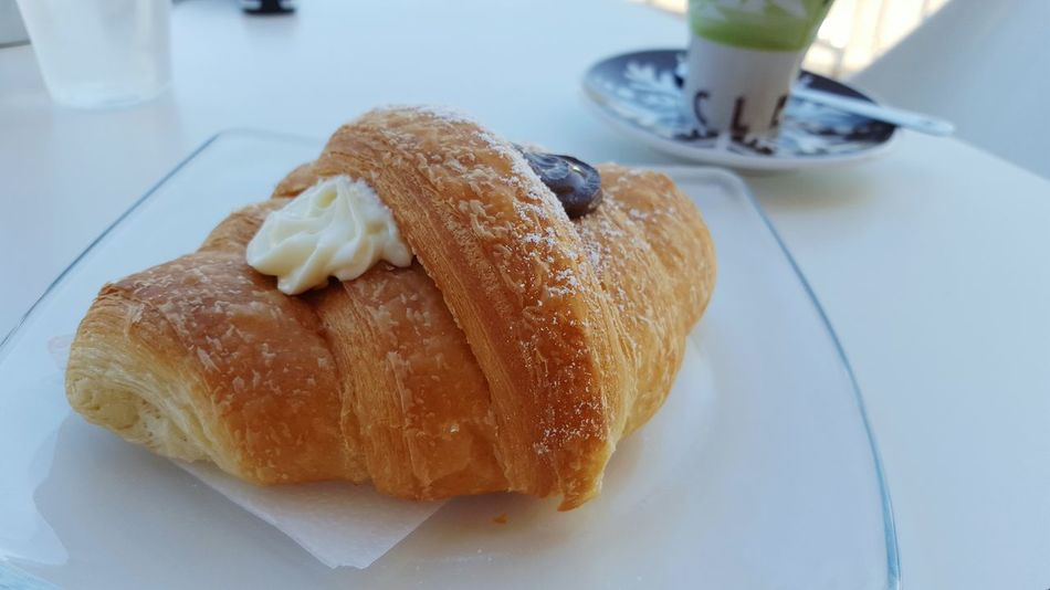 Breakfast Chocolate Croissant Breakfast ♥ Breakfast Time Italy Chocolate♡ Bar Ginseng Day Good Morning Goodmorning :)