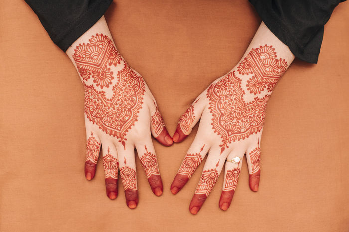 Henna Human Body Part One Person One Woman Only Adults Only Only Women Fashion Pattern People Adult High Angle View Close-up Human Hand Indoors  Human Skin One Young Woman Only Young Adult Real People Henna Henna Tattoo Henna Art Henna Design Henna Inspired Hennahands HennaTattooDesign Weddings