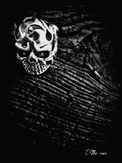 Black Wood Dark Black And White Cool Es The Eses EyeEmBestPics EyeEm Best Shots - Black + White Eye For Photography Skull