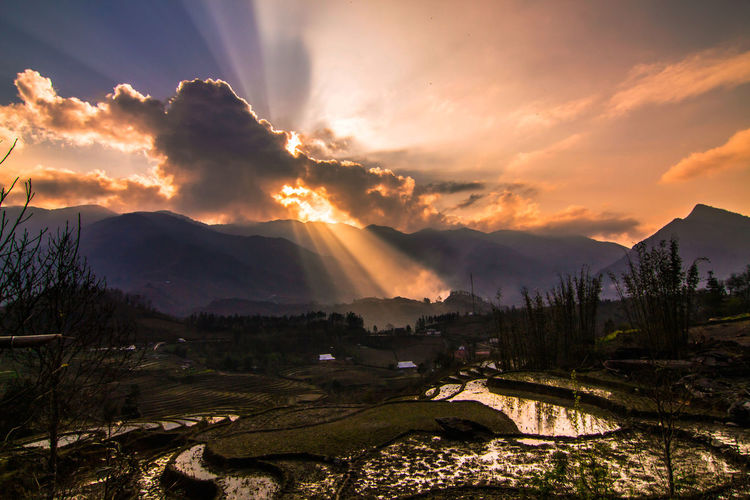 Touch of Heaven ☀⛅ Mountain Backgrounds Landscape Beauty Mountain Range Nature Sunset EyeEmNewHere Traveling Free Hiking Freedom Happiness Mountain Man Hiking❤ Adventure Mountain Hiking Luckyme Hikingadventures Wandering God Spirituality Vietnam Backpacking Sunlight The Great Outdoors - 2017 EyeEm Awards Live For The Story Been There. Done That. Lost In The Landscape