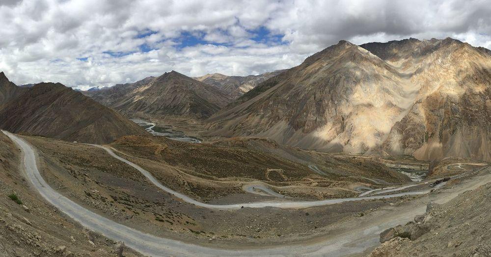 A Bird's Eye View Gata Loops Total 21 loops. Altitude 15,302 ft. Loops Leh Manali Highway