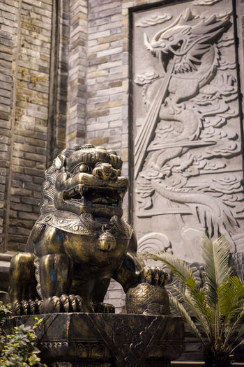 lion Representation Art And Craft Sculpture Architecture Statue Creativity Human Representation Built Structure Craft Building Exterior Male Likeness No People Building The Past History Day Travel Destinations Carving - Craft Product Mammal Outdoors Ornate