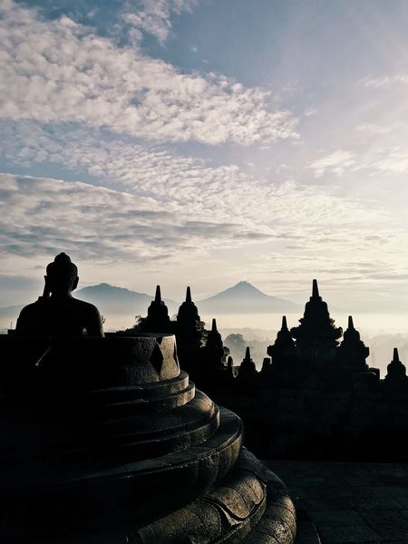 One of the best places that has an amazing view to see sunrise, i was beyond amazed and happy!!! Traveler Beauty In Nature World Travel Photography Traveling Travel Magelang Buddhist Temple Volcano Mountain Borobudur Sunrise Borobudur Temple Borobudur Indonesia Photography  INDONESIA Sunrise Religion Sunset Silhouette Architecture Nature Beauty In Nature Outdoors Sky No People Day EyeEmNewHere