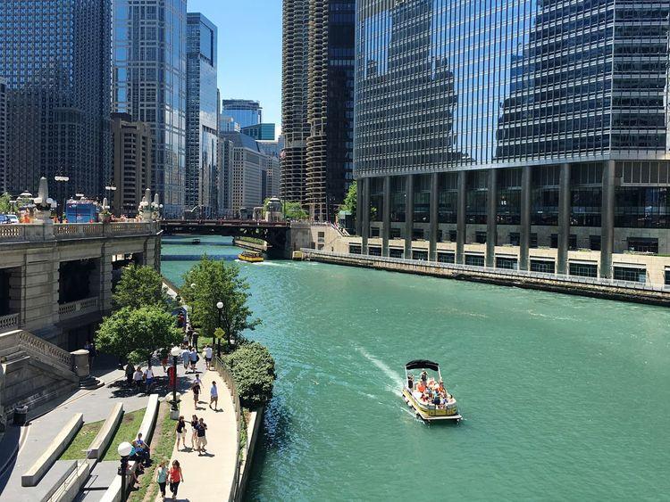 Chicago River Chicago Riverwalk Boat