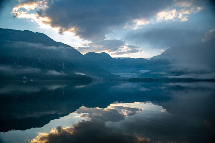 Water Cloud - Sky Beauty In Nature Sky Scenics - Nature Reflection Tranquility Tranquil Scene Mountain Lake Waterfront Nature Non-urban Scene Idyllic No People Environment Mountain Range Outdoors