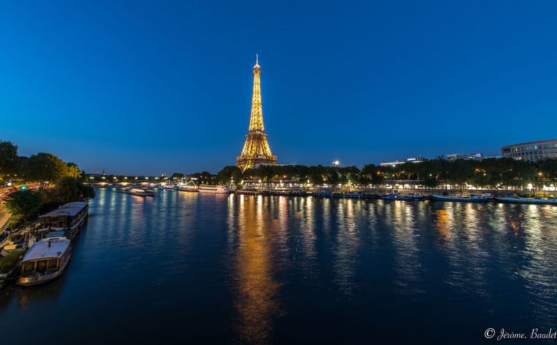 Bir Hakeim's Bridge Eiffel Tower Paris Paris Je T Aime Tour Eiffel Architecture Blue City Night Reflection Street Streetphotography HUAWEI Photo Award: After Dark