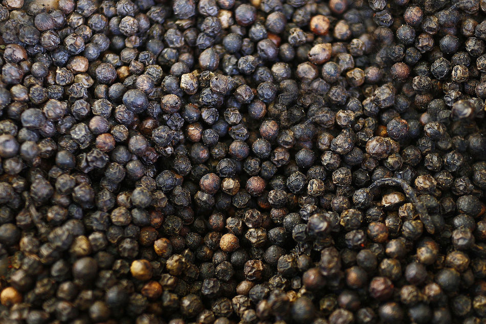 Abundance Backgrounds Black Peppercorn Close-up Day Food Food And Drink Freshness Full Frame Large Group Of Objects Nature No People Outdoors Pimenta Textured