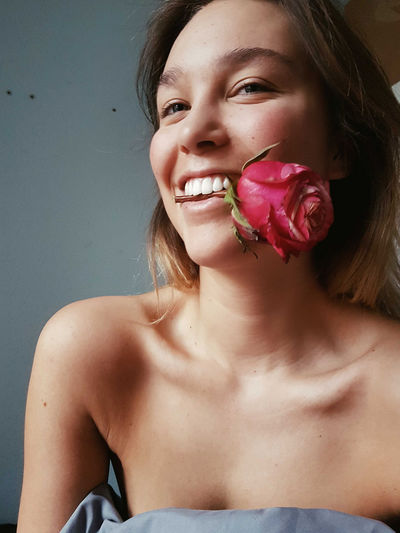 Vscocam VSCO Portrait Human Body Part One Person Only Women Adult Beauty Headshot Young Adult One Woman Only Human Face Close-up