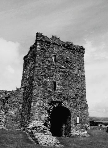 Llansteffan Castle Naturescape Natural Scenery Scenic View Blackandwhite Beautiful Towers Castles