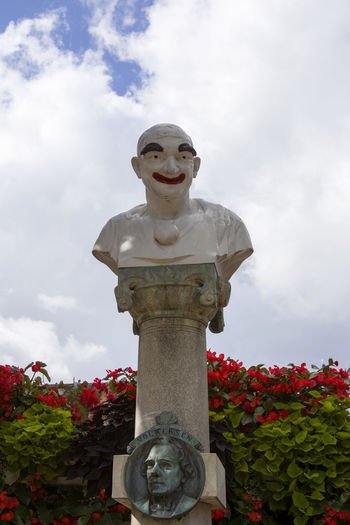 Beauty In Nature Cloud - Sky Clown Day Flower Fragility Freshness Growth Low Angle View Nature No People Outdoor Outdoors Park Plant Sculpture Sky Statue Tivoli Tivoli Denmark Tivoli Garden