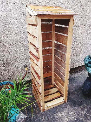 handmade log store Customers Order Love It Rustic Hardwork Effort Dedication Reclaimed Wood Handmade By Me Love What I Do Hobby Craft Recycled Upcycled Logstore My Job All Woman Screw Roof Slats Low Section Wood - Material Door Close-up Architecture Forestry Industry