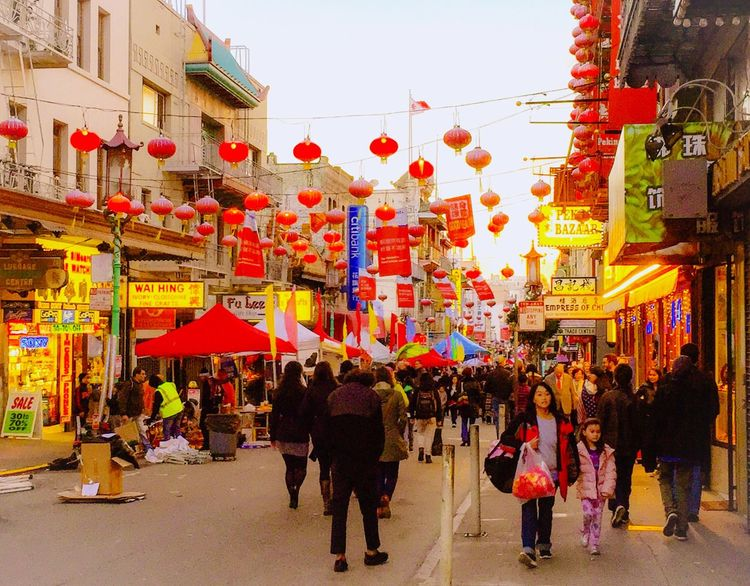 Festival Season Festival Street Crowed People Shops Stores Signs Posts Advertisement Buildings Shopping Red Lanterns San Francisco California Chinatown Colors Coloful Colour Of Life What's On The Roll Eyeemphoto Music Brings Us Together People And Places