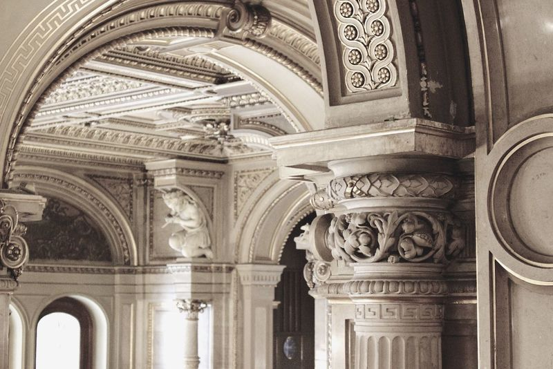 Macro Quality Time Enjoying The Music Being Cultured Architecture Pile Old Buildings Grayscale Architectural Detail Architecture_collection Canon EOS 700D EF 35mm f2