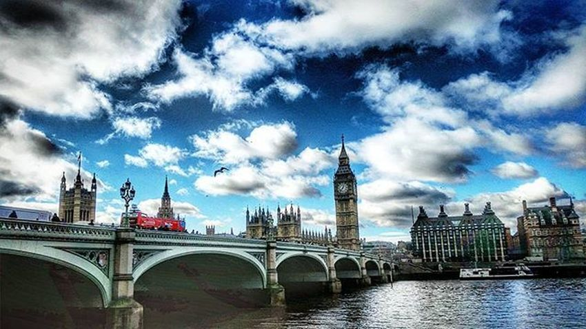 Westminster Bridge, London. Westminsterbridge Westminster Bigben Housesofparliament Riverthames Londonsouthbank LondonEye London