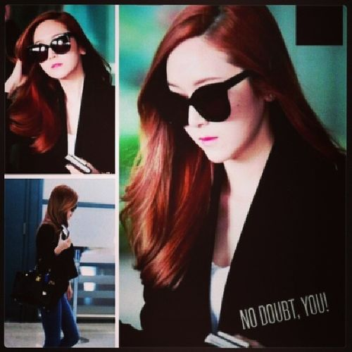 Jessica's airport fashion. As usually soo fashionable ???? Jessica SNSD Airportfashion Jsy fashionable
