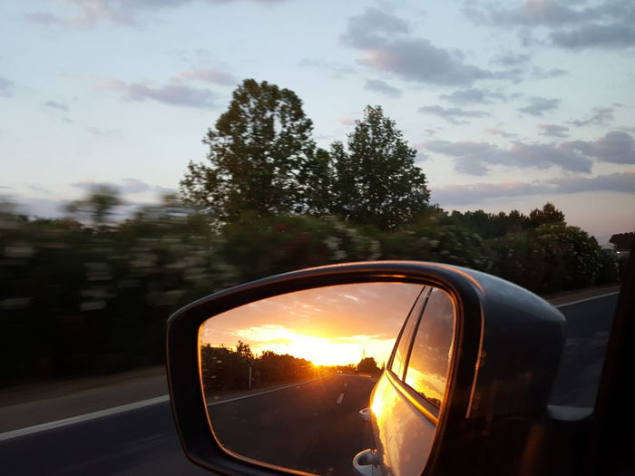 Side Mirror Side Mirror Shot Side Mirror View Sun In The Side Mirror Sunrise Mirror Reflection Mirror Sunrise Morning Sun Morning Drive Traveling Car Travel Happy Feeling Sunset Car Sunlight Streaming Scenics Sunbeam Shining Driving In The Morning Sunset Road Car Sky Side-view Mirror Vehicle Mirror Road Trip Car Point Of View Driving