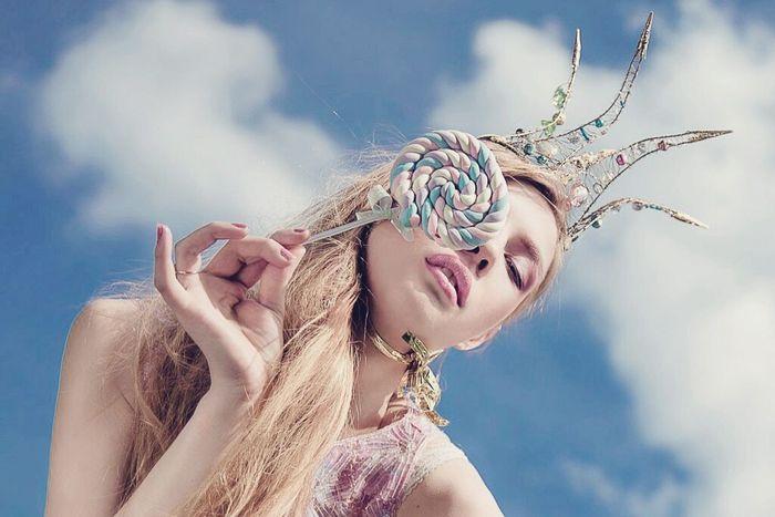 Lollipop Girl Crown Summertime Summer Fashion Photography Style Shugar Skyblue