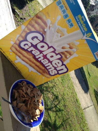 #Breakfast #GoldenGrahams