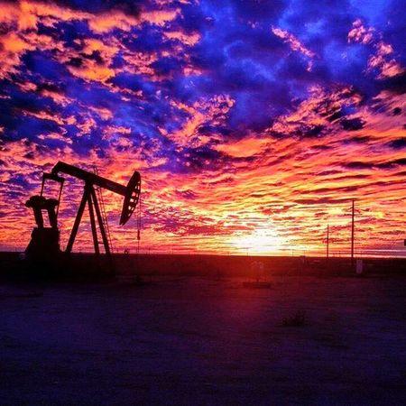 Sunset Westtexas Oil Pumpjack