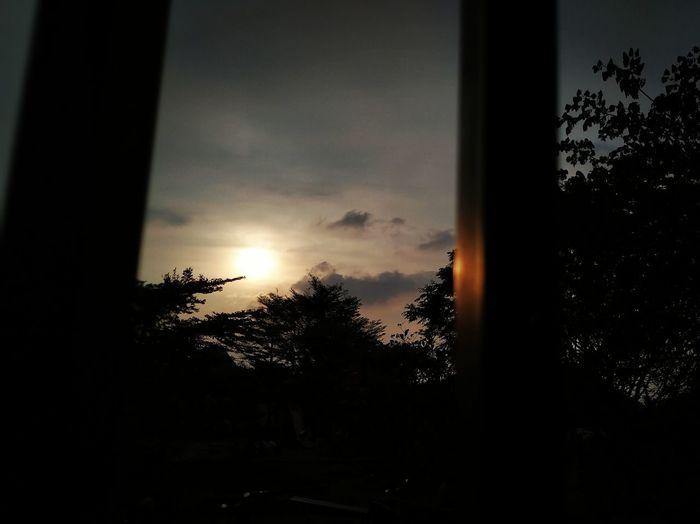 senja di kota orang... Cibubur Indonesia Photography  INDONESIA Mondayfunday Tree Sunset Silhouette Window Sky Close-up Cloud - Sky
