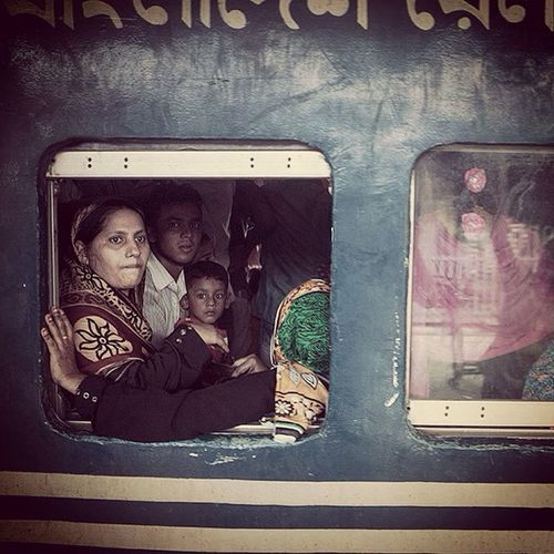 People leaves Chittagong by crowded train to celebrate Eid Ul Adha with their family. Jashimsalam Photographer Train Crowded People Family Religious  Festival Eiduladha Portrait Women Children Photojournalism Documentary Urbanlivingfs Photojournalist Reportagespotlight Opensociety Pickgram ASIA Bangladesh Chittagong Chottogram Everydaybangladesh