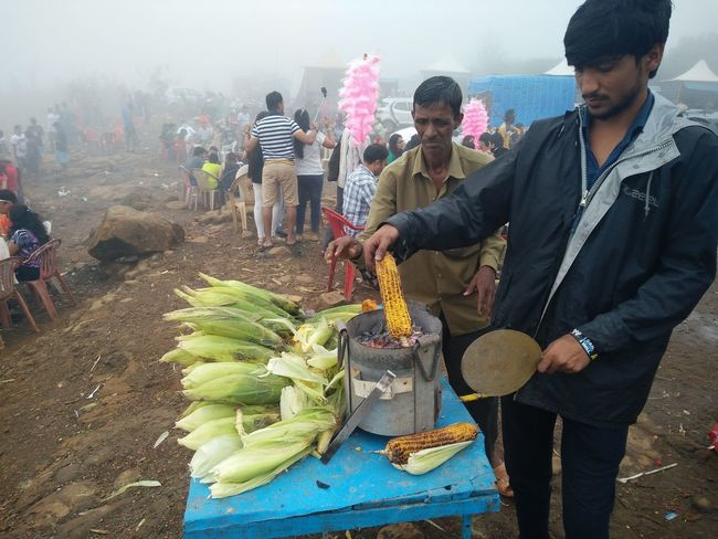Monsoonseason Monsoonmagic Corn Roasted Corn Hawker Corn Hawker Hilltop Foggy Morning Foggy Day Foggy Weather Foggy Mountains