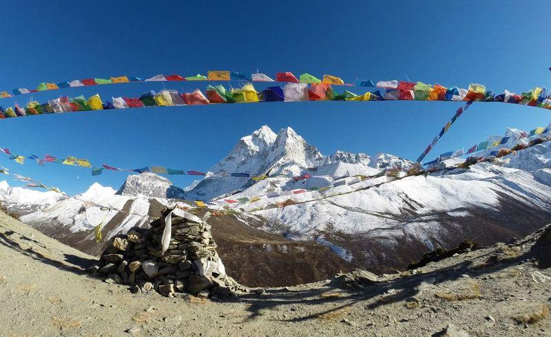 Heading to Everest Basecamp Optoutside DeLeonStrong