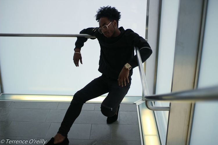Men Mensfashion Menstyle Menswear Guys Black Sportsman Full Length Sport Healthy Lifestyle