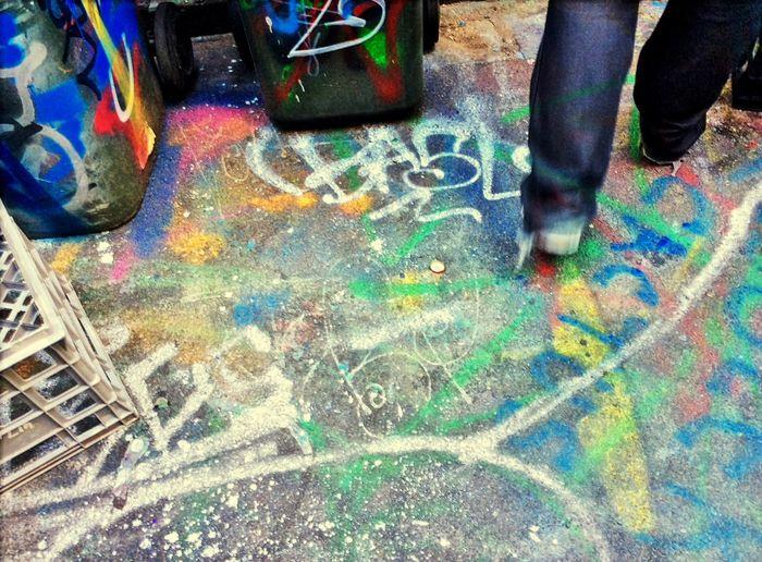 Melbourne Graffiti Spraypaint Street Street Art Make Magic Happen Ipadphotography Up Close Street Photography