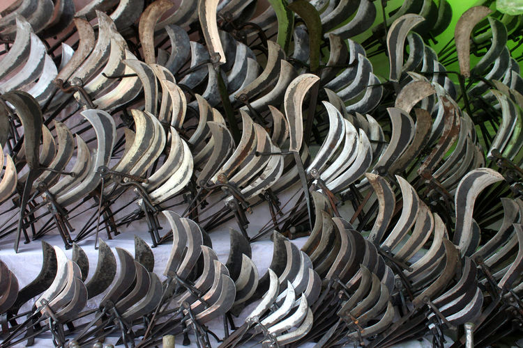 Full Frame Backgrounds Large Group Of Objects No People Abundance Metal Day Pattern Still Life Close-up Spiral Outdoors Silver Colored Repetition In A Row Nature Sunlight Order Design Heap Steel Alloy