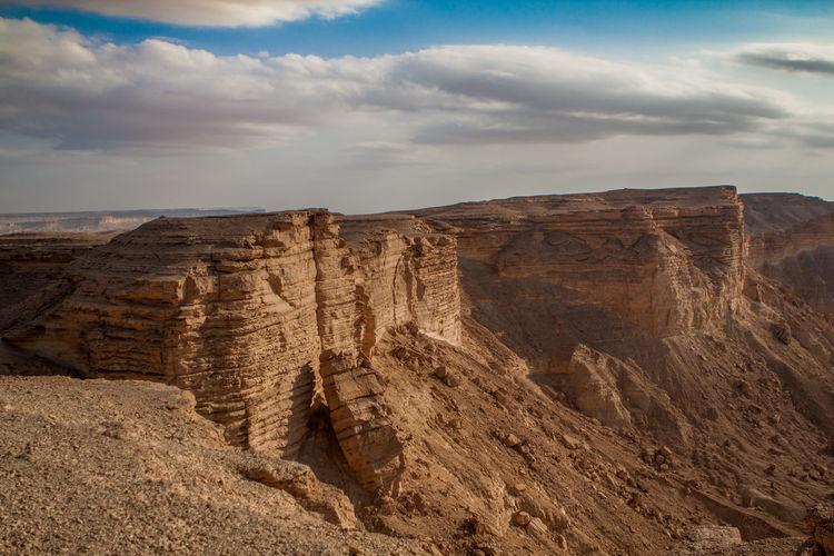 The Edge of the world at the edge of Twuaiq mountains in Riyadh, Saudi Arabia. Cloud - Sky Desert Edge Of The World Mountain Mountains Nature Riyadh Rock Formation Saudi Arabia Sky Tuwaiq Tuwaiq Mountains