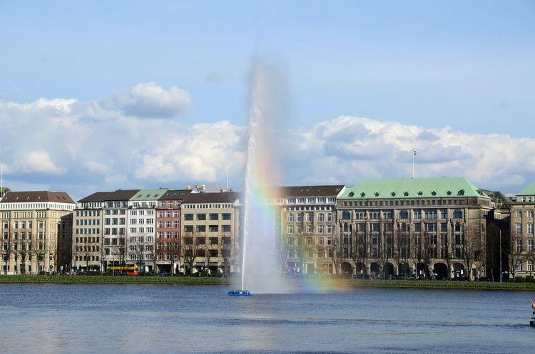 Fountain Spray Lake Rainbow Hamburg Binnenalster