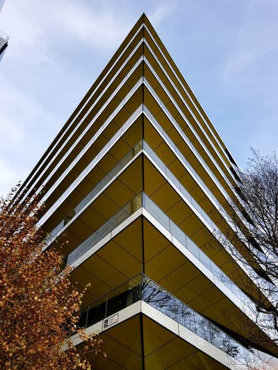Architecture Modern No People City Building Exterior Built Structure Outdoors Buildings Architecture Building Building And Sky Simmetry Simmetrical Simmetrical Building Samsung Samsungphotography Samsung Galaxy S8 Galaxy S8