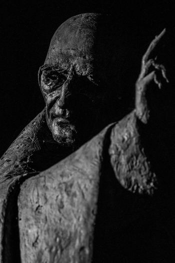 St Richard Statue Black Background Close-up Likeness Outdoors Sculpture Statue