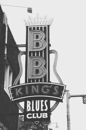 Memphis BB King Blues Jazz Sign Streetphotography Travel Photography Monochrome Black & White
