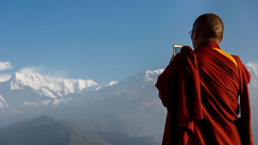 Tourist monk Annapurna Buddhist Buddhist Monks Budhism Idyllic Lifestyles Monkey Monks Mountain Mountain Range Mountains Nature Nepal Outdoors Phone Pokhara Sarangkot Selfie Smartphone Tibetan  Tibetan Buddhism Tourism Mobile Conversations