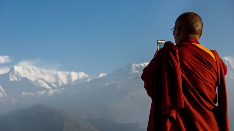 Tourist monk Annapurna Buddhist Buddhist Monks Budhism Idyllic Lifestyles Monkey Monks Mountain Mountain Range Mountains Nature Nepal Outdoors Phone Pokhara Sarangkot Selfie Smartphone Tibetan  Tibetan Buddhism Tourism Mobile Conversations