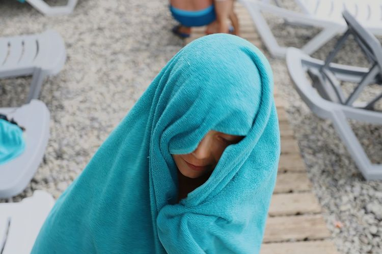Бабуля😁 EyeEm Selects Child Childhood Boys High Angle View Low Section Close-up Wrapped In A Blanket Hooded Shirt Hood - Clothing Teardrop Wrapped In A Towel Tensed Disappointment Woolen Crying Facial Tissue Despair Hooligan Holy Week Distraught  Negative Emotion Bad News Wearing Newborn Wool Towel Child Abuse Divorce Displeased
