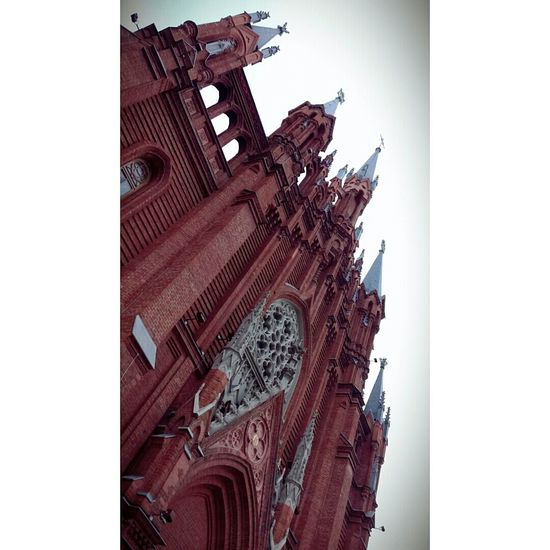 Белорусская Catolic Church Cold Days Autumn Red Building Architecture Thesky
