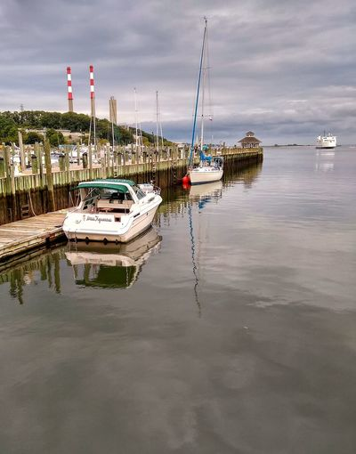 Ferry Water Nautical Vessel Sea Harbor Beach Reflection Sky Landscape Low Tide Tide Buoy Coast Coastal Feature Moored Fishing Boat Marina Boat Seascape Horizon Over Water