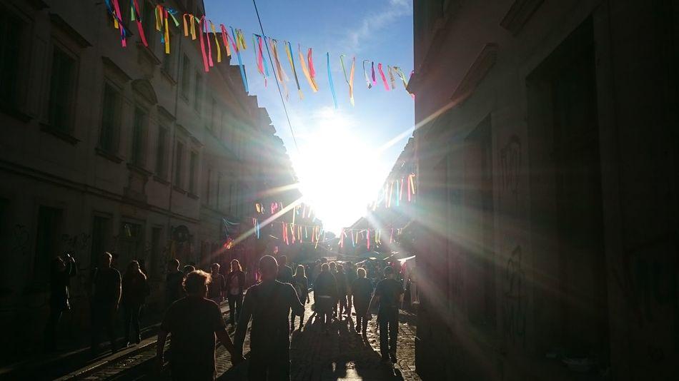So ein Feuerball, Junge! Brn Sunlight Dresden Fahne Party Sunny