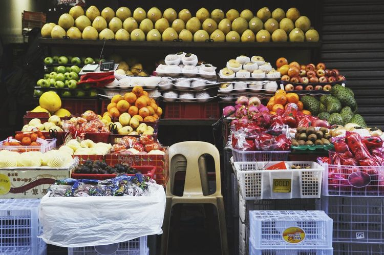 Fruit Freshness Food And Drink Food Variation Healthy Eating Choice For Sale No People Outdoors Day Fruit Seller Fruit Store Fruit Stall Fruit Stand