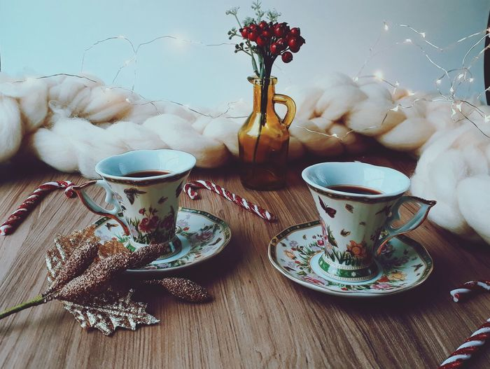 Holiday Christmas Decoration Flower Drink Tea - Hot Drink Herbal Tea Teapot Table Saucer Home Interior Coffee - Drink Coffee Cup Coffee Pot Black Coffee Teabag Afternoon Tea Roasted Coffee Bean Sugar Cube Japanese Tea Cup Scone Tea Cup Ground Coffee Green Tea Hot Drink Black Tea Espresso Teaspoon Tea Kettle Vase Tea