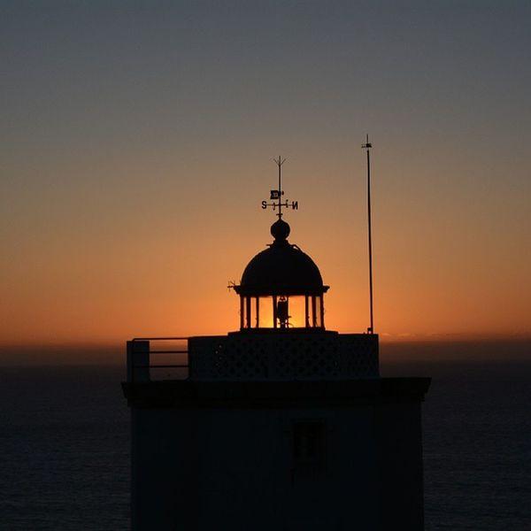Faro de Mera. Importado desde Instagram. A Coruña Orange Sky Porn Color Palette