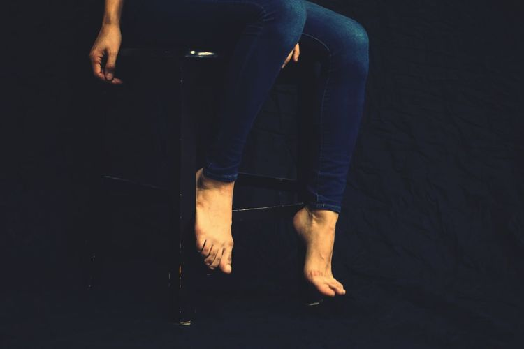 Feet Bluejeans Chair Black Chair Black Background Filtered Image Barefoot Barefeet Bare